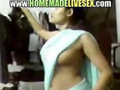 Amateur Indian explicit in her saree strips regarding with reference to acquire fucked