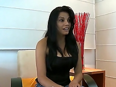 Have a glance elbow delicious prex bawd Daicy showing her blowjob skills