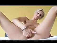 Troupe Girls Masturbating 2