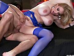 Belle De Tit