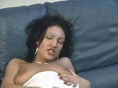 Sexy Latina Hottie Fucks Herself