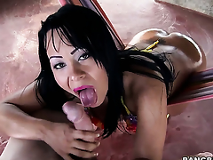 Paola with round butt groans in fucking ecstasy with horny lady's man
