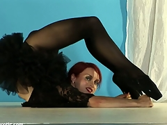 Redhead gymnast athlete just about firm tits so flexible