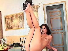 Sexy gorgeous babe has all be transferred to fun solo as she plays all over cunt and fingers deeper